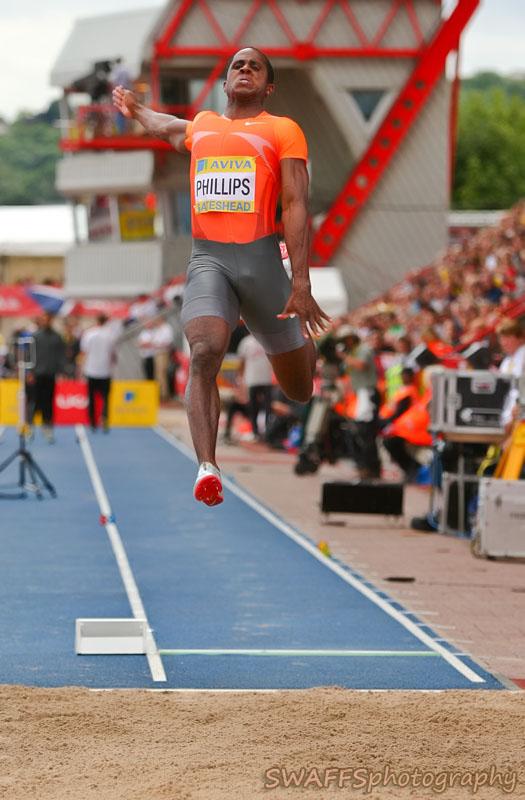 IMAGE: http://www.swaffs.co.uk/images/2009/Aviva_Athletics_WEB-August2009/MPA_UK_ATHLETICS_GATESHEAD-0020-Edit.jpg